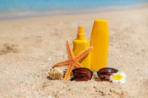 sunblock-beach-sun-protection-selective-focus_73944-8497
